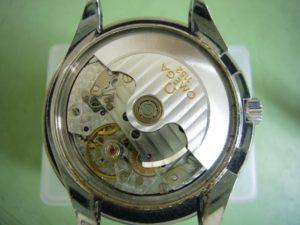 Before(omega speedmaster date Cal.1152)